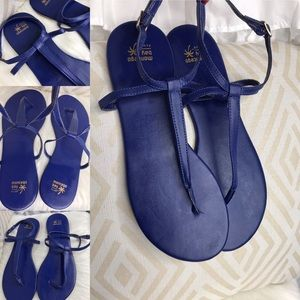 Montego Bay Club women's blue thong sandals 9.